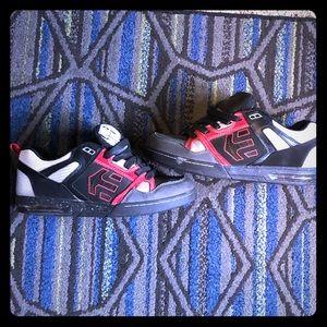 Pair of Etnies metal mulisha skate shoes 12